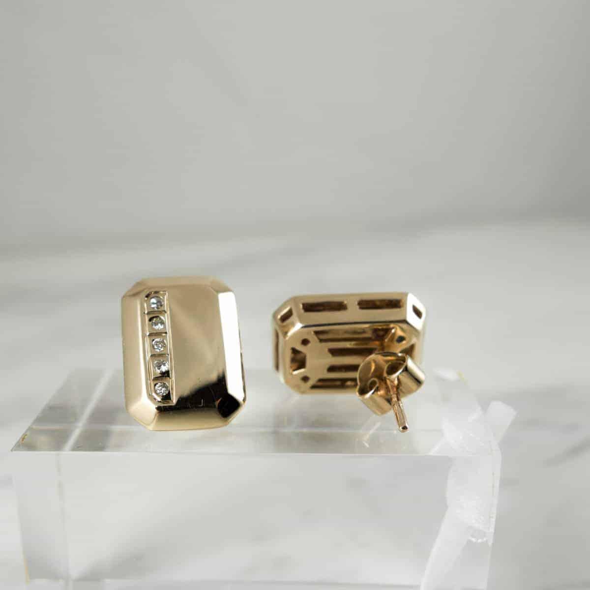 Златни Обеци Октагон с диаманти от колекцията Естетика на Ефир