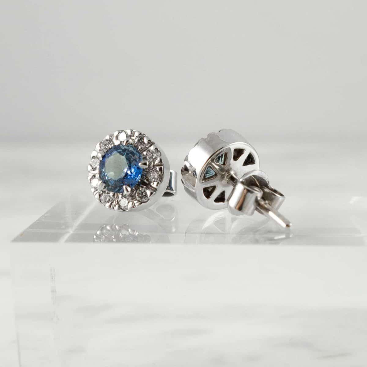 Класически обеци със сапфири и диаманти от колекция Ефир Елеганс