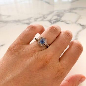 Златен пръстен със сапфири и диаманти от Ефир